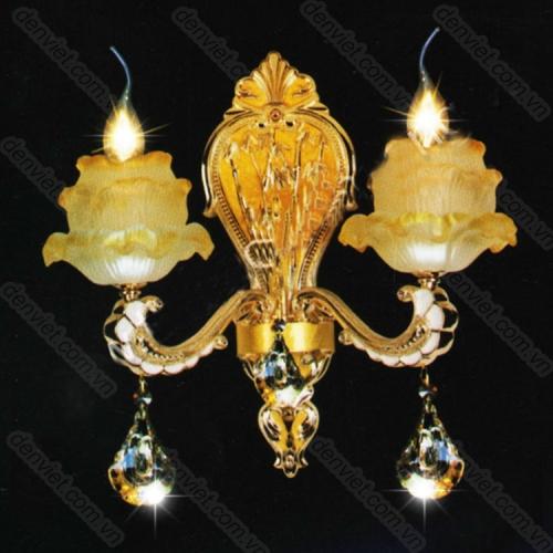 Đèn tường pha lê nến chao đèn hình hoa cực đẹp
