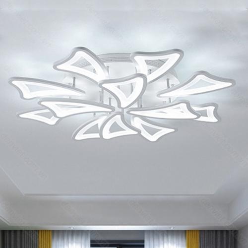 Đèn chùm hiện đại trang trí phòng khách đơn giản