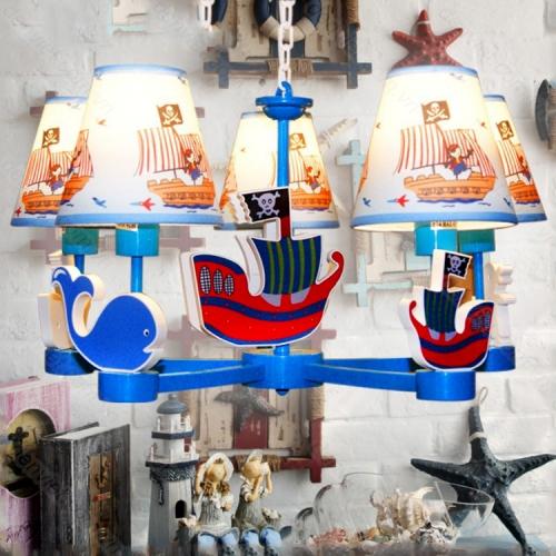 Đèn thả trẻ em hình tàu cướp biển trang trí phòng bé trai